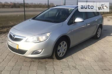 Opel Astra J 2011 в Днепре