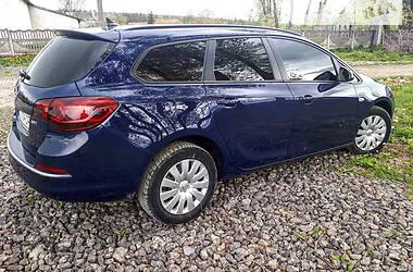 Универсал Opel Astra J 2013 в Бучаче