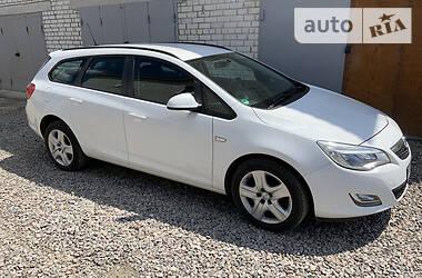 Универсал Opel Astra J 2010 в Харькове