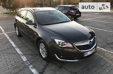Opel Insignia Sports Tourer 2015 в Луцке