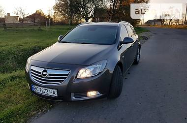 Opel Insignia 2012 в Дрогобыче