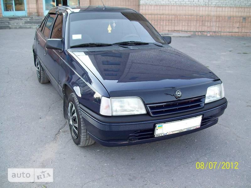 Opel Kadett 1990 в Луганске