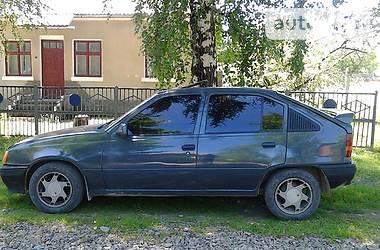 Opel Kadett 1987 в Вижнице
