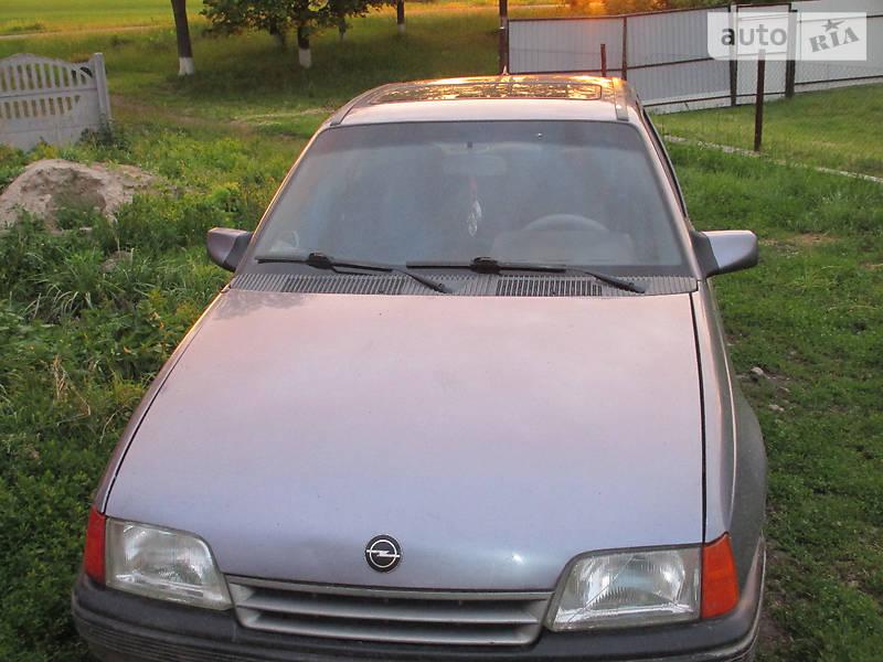 Opel Kadett 1991 в Казатине