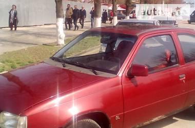 Opel Kadett 1987 в Луганске