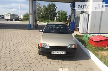 Opel Kadett 1988 в Ужгороде