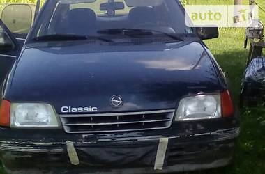Opel Kadett 1990 в Здолбунове