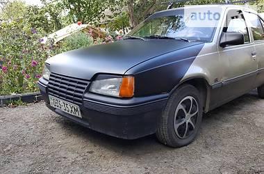 Opel Kadett 1988 в Каменец-Подольском