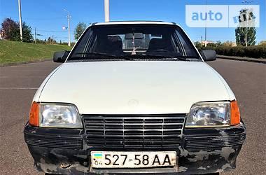 Opel Kadett 1986 в Кривом Роге