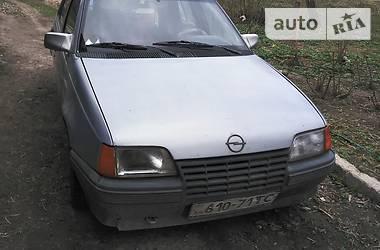 Opel Kadett 1986 в Кременце