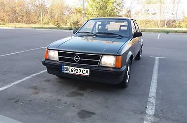 Opel Kadett 1984 в Ровно