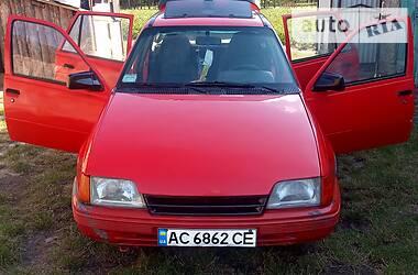 Opel Kadett 1988 в Маневичах