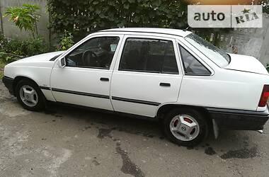 Opel Kadett 1987 в Малине