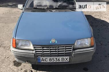 Opel Kadett 1987 в Владимир-Волынском
