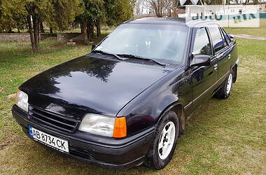Opel Kadett 1988 в Баре
