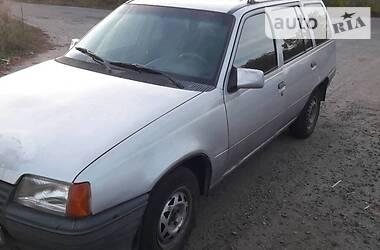 Opel Kadett 1988 в Лубнах
