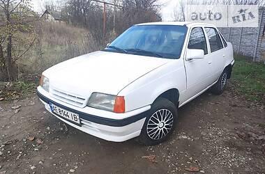 Opel Kadett 1991 в Днепре