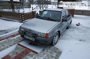 Opel Kadett 1987 в Снятине
