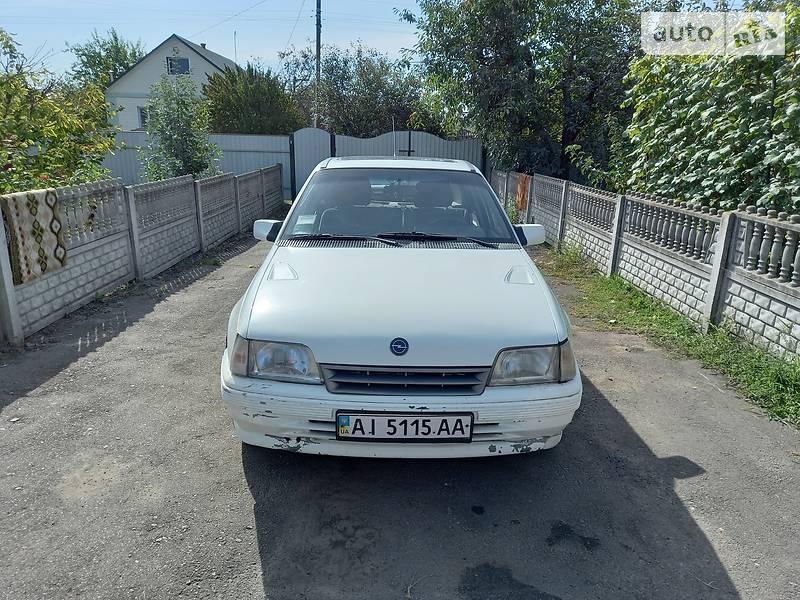Opel Kadett 2 GSI