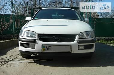 Opel Omega 1997 в Днепре