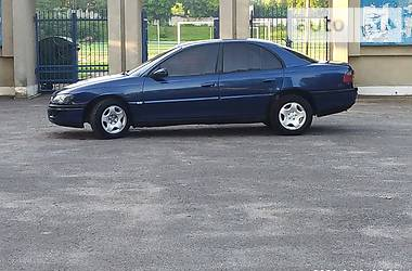 Седан Opel Omega 1997 в Золочеве