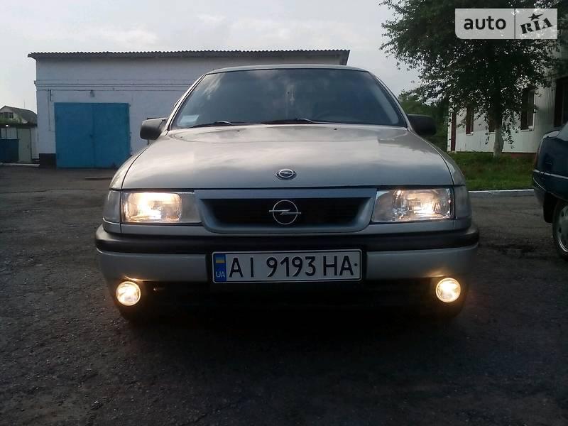 Opel Vectra A 1989 в Згуровке