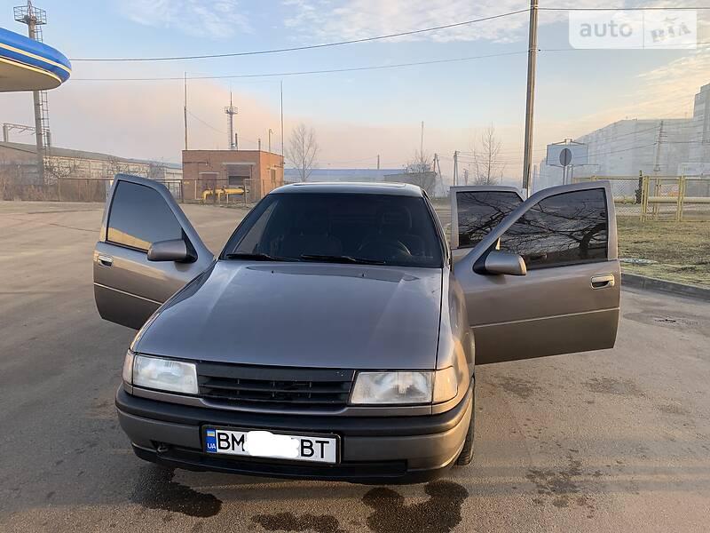 Opel Vectra A 1989 в Сумах