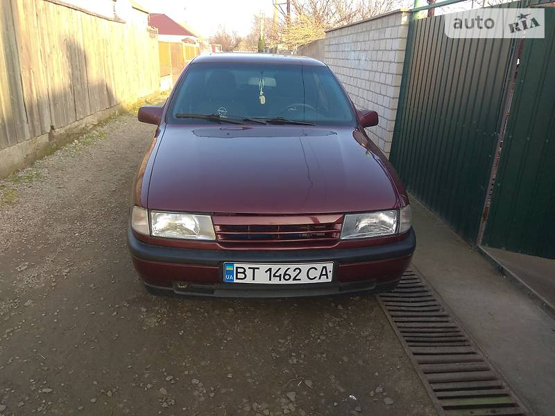 Opel Vectra A 1990 в Геническе