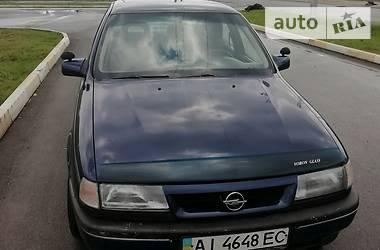 Седан Opel Vectra A 1990 в Буче