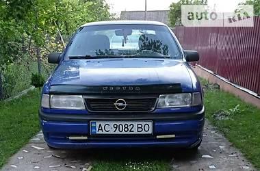 Седан Opel Vectra A 1995 в Иваничах