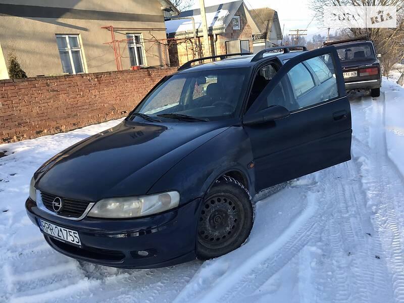 Opel Vectra B 2001 в Черновцах