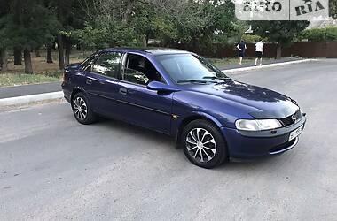 Седан Opel Vectra B 1996 в Измаиле