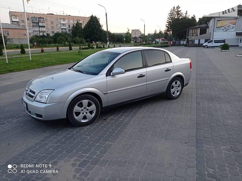 Седан Opel Vectra C 2002 в Белогорье