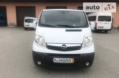 Opel Vivaro пасс. 2013 в Староконстантинове