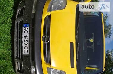 Opel Vivaro пасс. 2004 в Камне-Каширском
