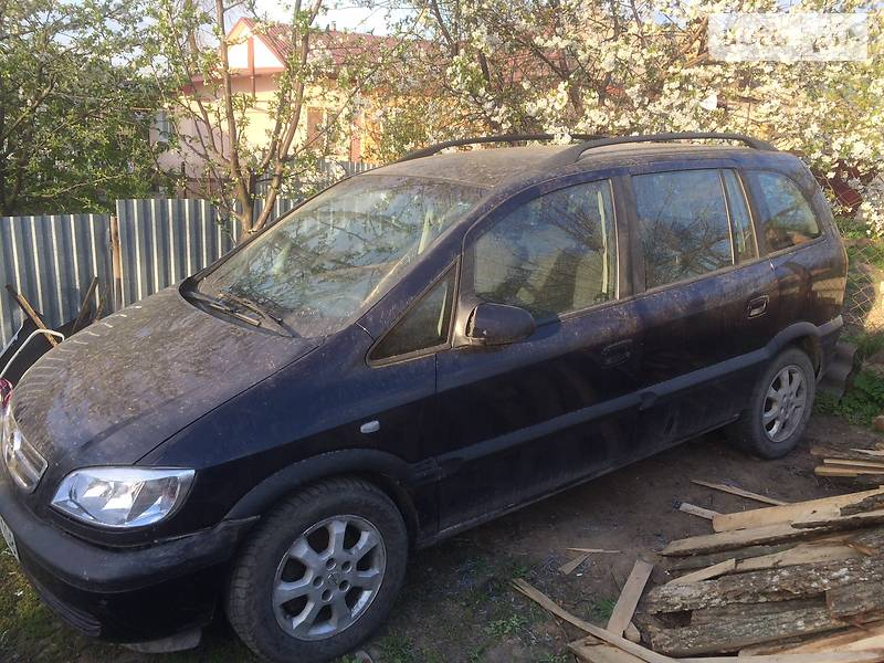 Opel Zafira 2002 в Гайсине