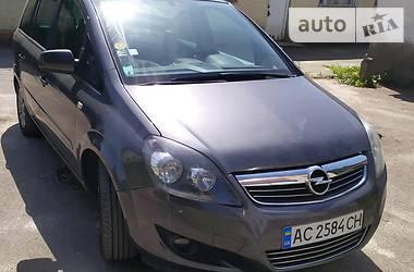 Opel Zafira 2010 в Луцке