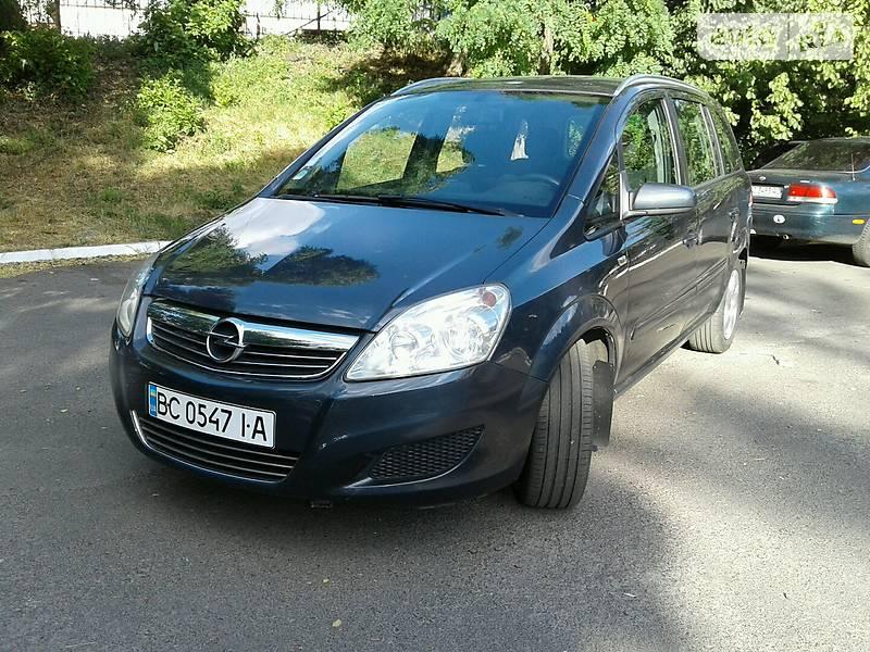 Opel Zafira 2009 года в Львове
