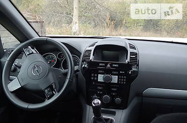 Opel Zafira 2010 в Збараже