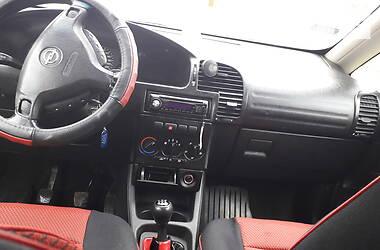 Opel Zafira 2000 в Воловце