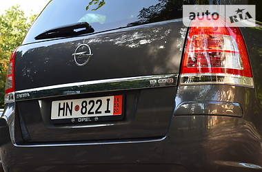 Opel Zafira 2011 в Дрогобыче