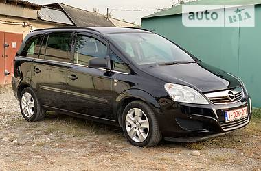 Opel Zafira 2011 в Ивано-Франковске