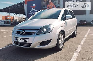 Opel Zafira 2011 в Ровно