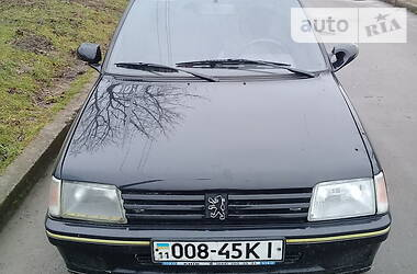 Peugeot 205 1988 в Львове