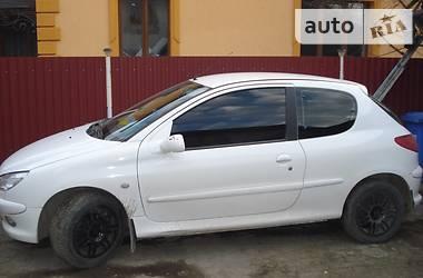 Peugeot 206 2004 в Сторожинце
