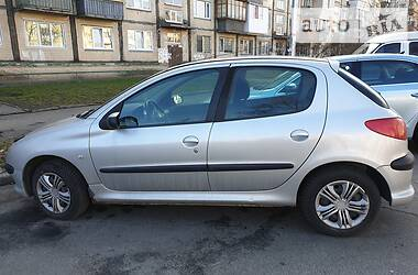 Peugeot 206 2005 в Киеве
