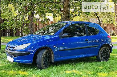Peugeot 206 2003 в Киеве