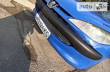 Хэтчбек Peugeot 206 2000 в Мариуполе