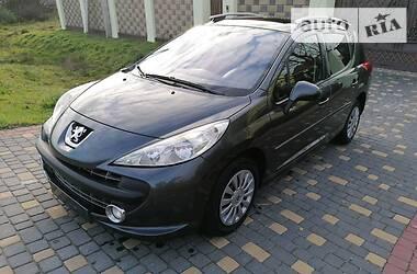 Peugeot 207 2009 в Городке