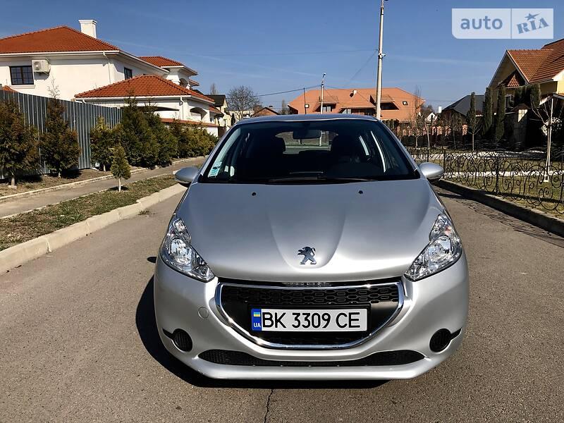 Peugeot 208 2012 в Ровно